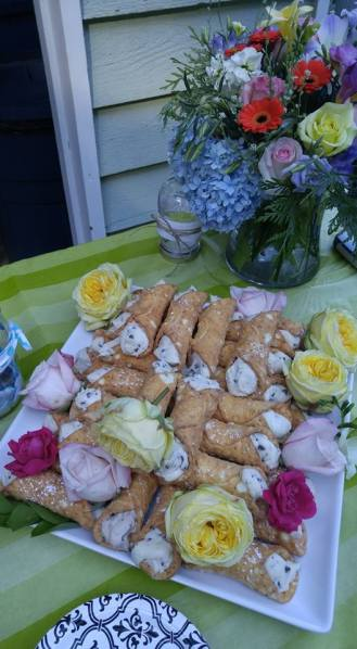 wedding-canoli